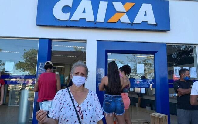 Caixa faz novos pagamentos do auxílio emergencial nesta semana, beneficiando integrantes do Bolsa Família e dos ciclos 2, 3 e 4