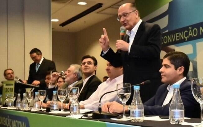Com apoio de partidos do 'centrão', Geraldo Alckmin disputa cargo de presidente pela segunda vez