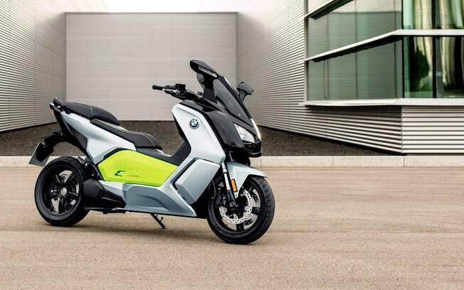 BMW C Evolution tem autonomia de até 160 quilômetros na versão mais sofisticada,  de acordo com a fabricante