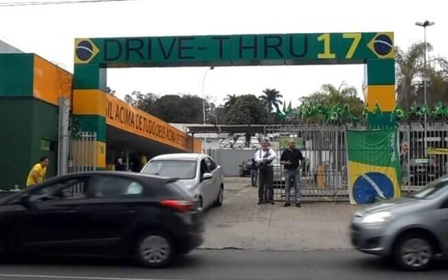 Bolsonaro omitiu comitê de campanha em declaração à Justiça Eleitoral