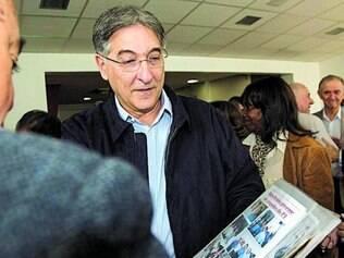 """Crítica. Pimentel chamou o governo estadual de """"irresponsável"""" pela situação em que se encontram os servidores estaduais atingidos pela Lei 100"""