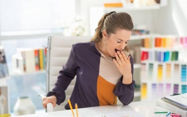 Alguns alimentos podem ajudar você a acordar e ficar mais desperta ao longo do dia