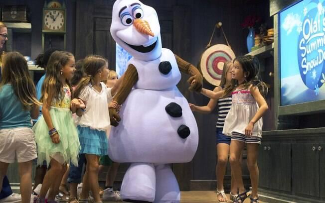 Olaf, Sven, Kristoff, Anna e Elsa estarão na Disneyland Paris para entreter as crianças