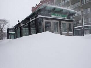 Tempestade de neve poupa NY, mas avança no nordeste dos EUA