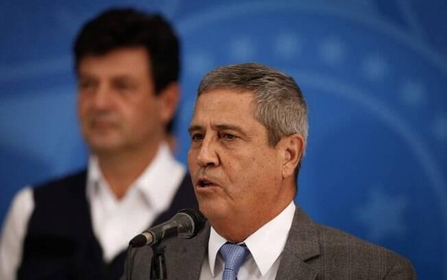 Ministro da Casa Civil, General Braga Netto, e o ministro da Saude Luiz Henrique Mandetta