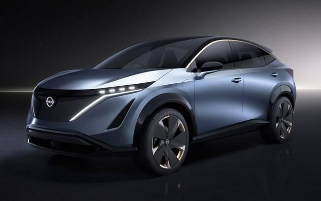 Nissan Arya deverá ter a versão que será produzida em série mostrada no ano que vem