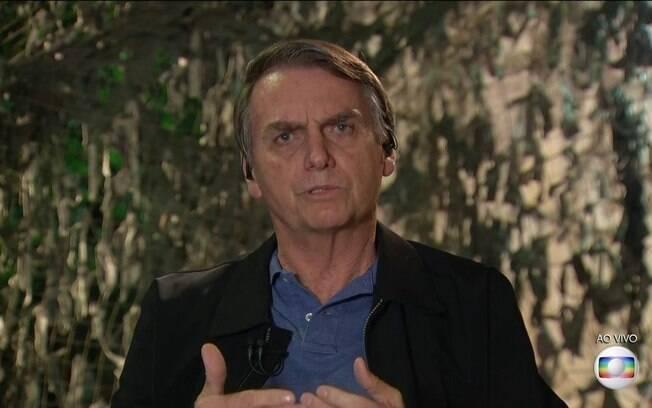 Entrevistas de Bolsonaro na TV marcaram primeiro dia após o 2º turno das eleições