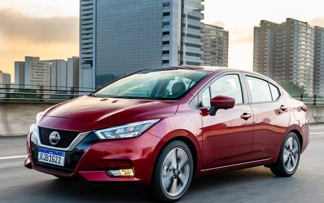 Nissan Versa se mostra mais econômico, mas o câmbio CVT em conjunto com o motor 1.6 não empolgam ao acelerar