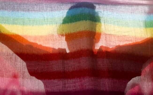 A Seção 377, derrubada pelo tribunal, foi imposta durante o domínio britânico, e penalizava a homossexualidade