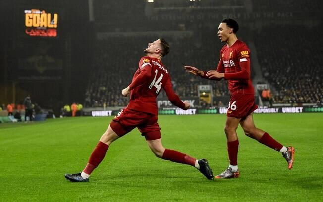Liverpool comemora gol no Campeonato Inglês