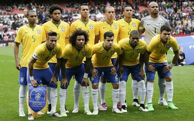 Seleção do Brasil para amistoso. Foto: AP Photo/Tim Ireland