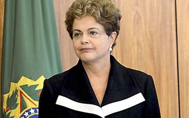 A presidente da República: ela ficou por 15 minutos no hospital, onde se encontrou com Aécio