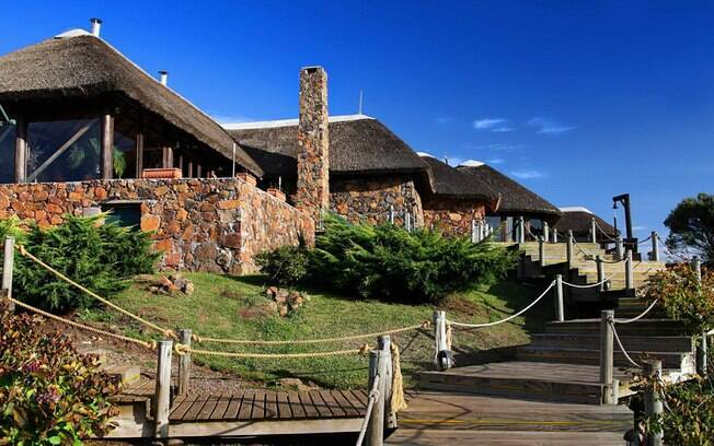Na região dos Campos de Cima da Serra, em Cambará do Sul, o Parador Casa da Montanha preserva o estilo rústico montanhês com aconchego e conforto. Foto: Divulgação