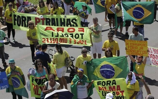 Em Brasília, a segurança do protesto contra o governo foi reforçada com cerca de 2 mil policiais
