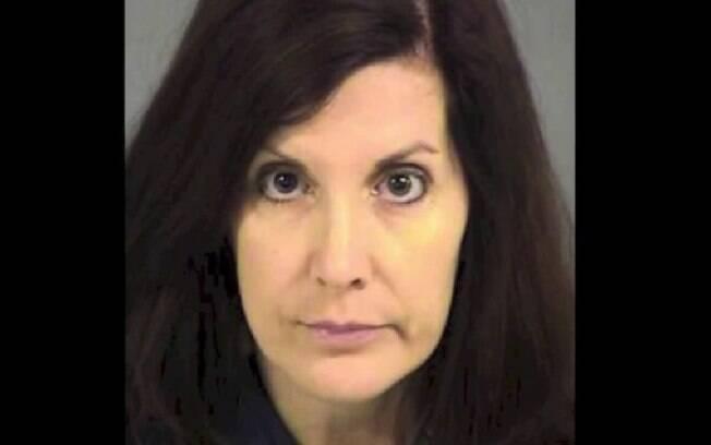 Phoebe Chapman, de 42 anos: ela mesma se entregou às autoridades da pequena cidade