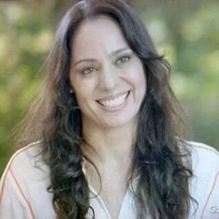 Ana confessa para Virgílio que cuida da casa dele desde quando ele se mudou de Goiânia
