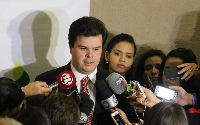 Em lançamento de programa de petróleo e gás, Fernando Coelho Filho defendeu empresas brasileiras