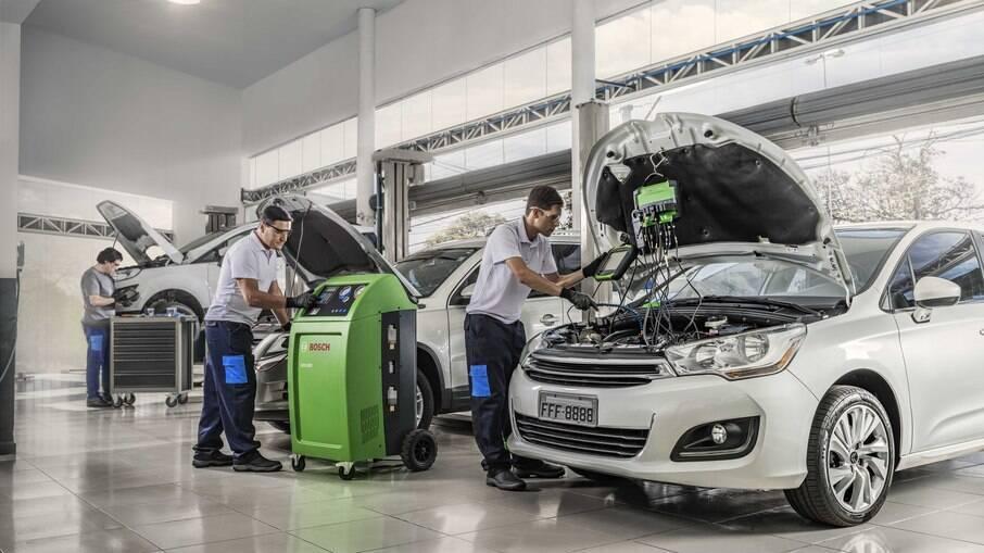 Manutenção em carro parado exige atenção redobrada por parte do dono para não ter componentes deteriorados