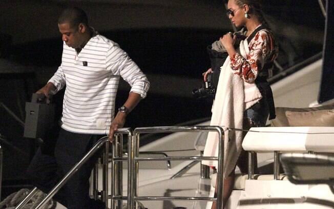 Beyoncé e Jay-Z comemoraram nova lua de mel no Caribe com a pequena Blue Ivy, de três meses