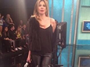 Luciana Gimenez mostrou o look do dia em seu Instagram e passou mal pouco depois do programa começar