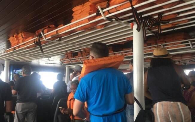 Ninguém ficou ferido, mas passageiros se assustaram