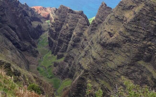 Não, o Havaí não é feito apenas de praias. Lá também é possível escalar e explorar montanhas