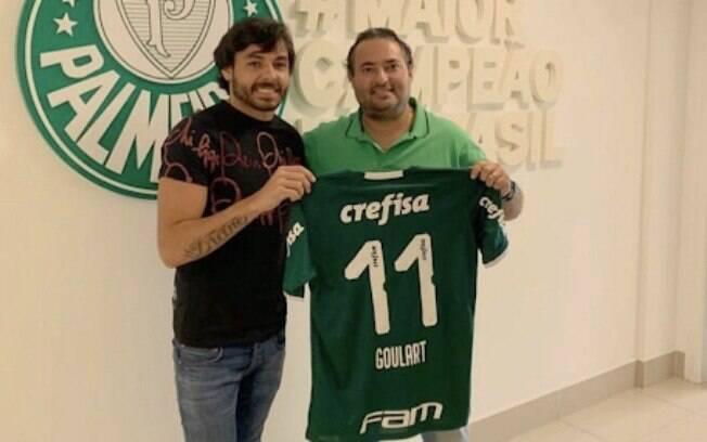 Ricardo Goulart assinou com o Palmeiras