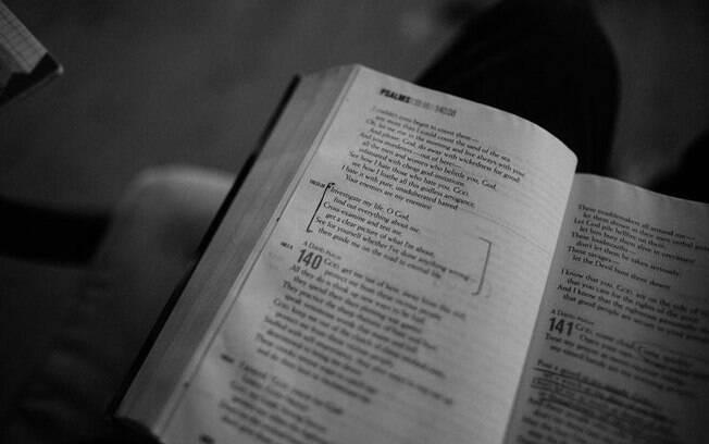 Conhea mais sobre o Livro dos Salmos e sua mensagem de f