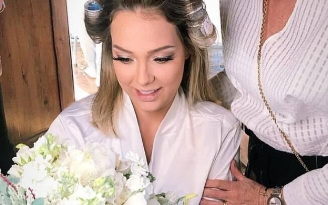 Ex de Neymar se casou neste sábado