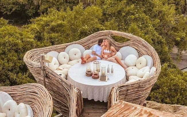 A cantora Luísa Sonza está de férias em Tulum, no México, acompanhada pelo marido - o youtuber Whindersson Nunes