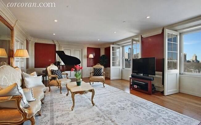 Quem comprar o apartamento também leva um piano que era tocado por David Bowie
