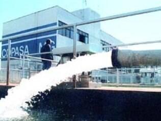 Água sobe dia 1º de março e aumento é acima da inflação
