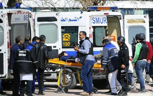 Sequestro terrorista deixa 19 mortos em Túnis, na Túnisia