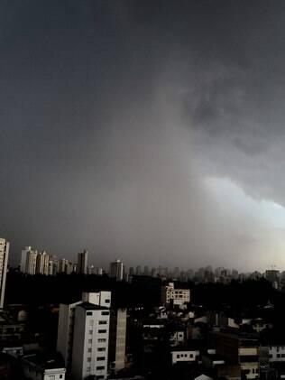 Problemas de fornecimento foram causados pela tempestade de segunda-feira (12)