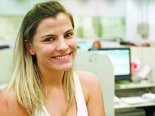 Operadora de telemarketing, Natália diz que Dilma dá oportunidade de emprego