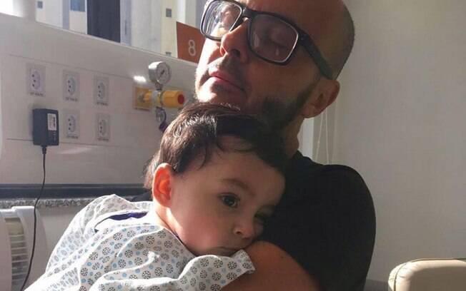 Bento tinha nove meses quando foi diagnosticado com uma pneumonia bacteriana e ficou 70 dias na UTI