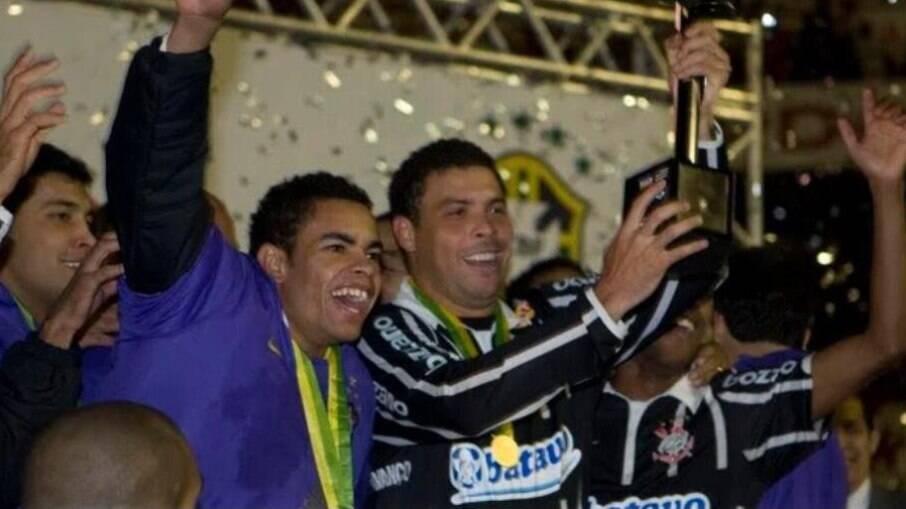 Ronaldo brilhou nas finais da Copa do Brasil de 2009
