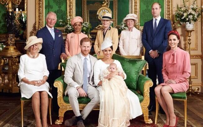 Irmãs da Princesa Diana comparecem ao batizado de Archie, filho de Meghan Markle