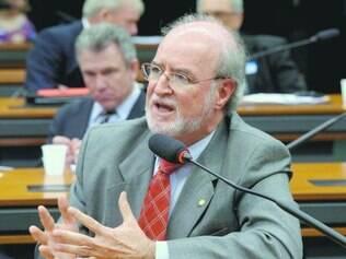 Argumentação. Eduardo Azeredo achou estranho parecer da Procuradoria fixar a pena sem condenação