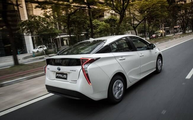 Dirigir um carro híbrido também pode proporcionar uma boa experiência ao volante hoje em dia