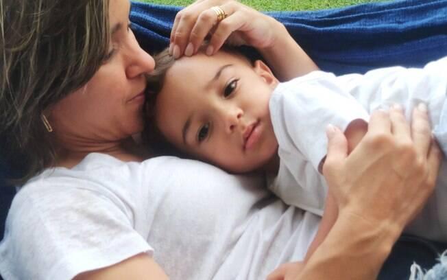 Mãe também sente medo, ansiedade, angústia e todos os efeitos do isolamento. Tudo bem!