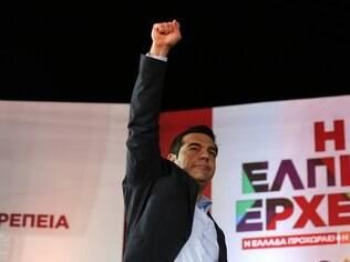 Governo do primeiro ministro Alexis Tsipras diz que proposta do Eurogrupo é inaceitável