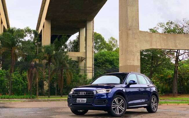 Audi Q5:  sofisticado utilitário esportivo da marca alemã  é importado do México, onde é fabricado atualmente