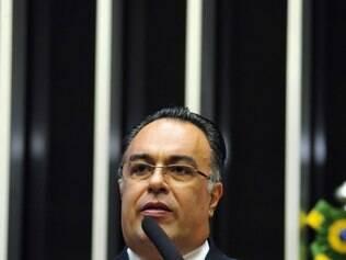 Vargas deixa sessão do Conselho de Ética e diz que recorrerá à CCJ e ao STF