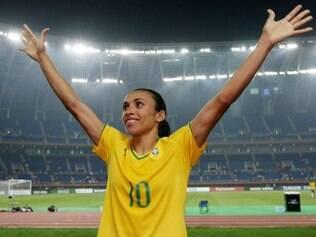 Craque Marta vai desfalcar o Brasil