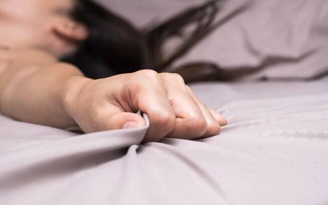 Estudo mediu contrações vaginais e identificou que consumir maconha pode dar orgasmos mais intensos