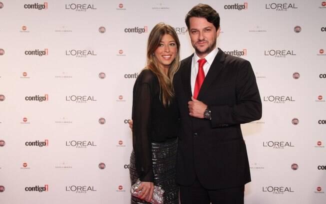 Marcelo Serrado e Roberta Fernandes irão se casar no dia 4 de agosto