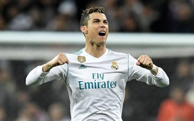 Cristiano Ronaldo decidiu que só vai ficar no Real Madrid se receber aumento do clube merengue