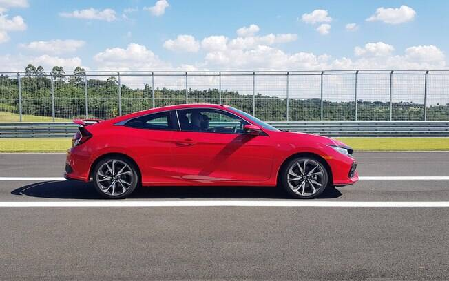 Honda Civic Si será uma das poucas opções entre os clássicos do futuro, ainda mais como um cupê de câmbio manual