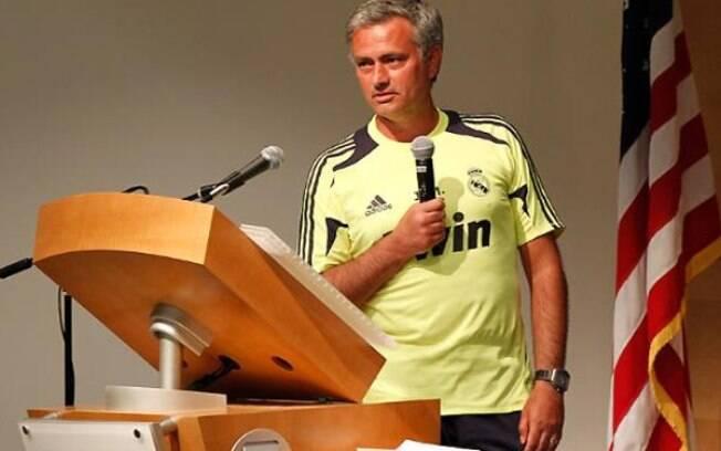 José Mourinho dá aula na Universidade da  Califórnia
